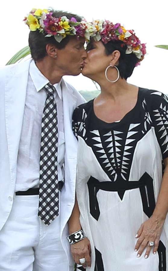 بالصوركريس وبروس جينروعيد زواجهمارغم الإنفصال2014،ود